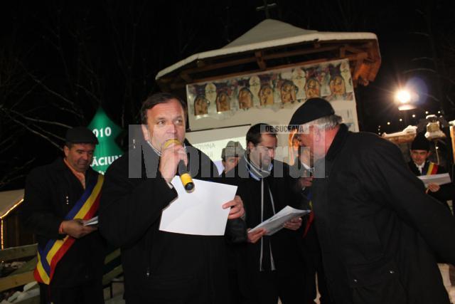 """Gheorghe Flutur: """"Nu lăsaţi kitschul şi pagodele să ne invadeze"""""""