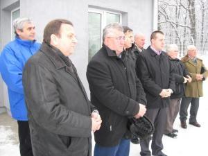 Administraţia locală şi judeţeană la ceremonia de sfinţire a rezervorului de apa din Burdujeni Sat