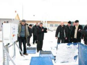 Reprezentanţii Primăriei Salcea au inaugurat ieri, în prezenţa lui Gheorghe Flutur,  primul modul al staţiei de epurare