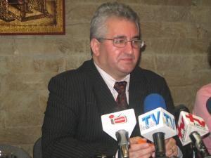 Primarul Ion Lungu va împărţi cadouri alături de Moş Crăciun