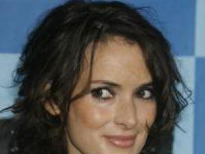 Winona Ryder: Mel Gibson este homofob şi antisemit
