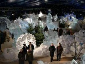 Festivalul sculpturilor din gheaţă din Bruges, dedicat monumentelor şi vedetelor
