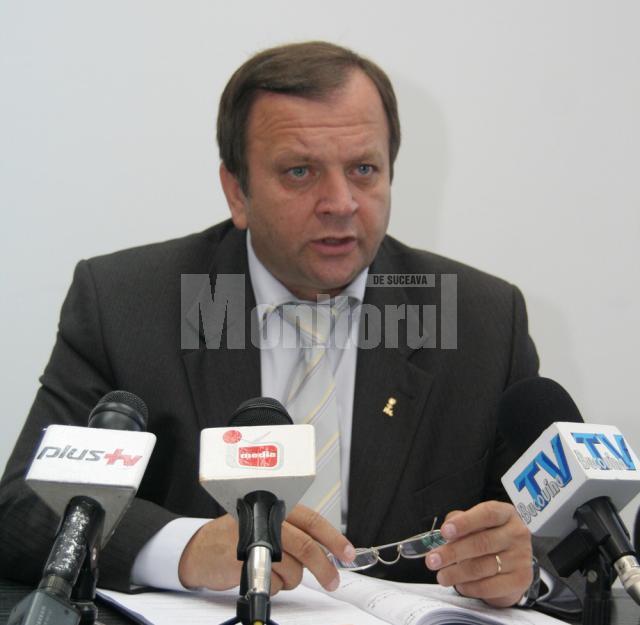"""Gheorghe Flutur: """"Încălzirea oraşului este sarcina primarului din Vatra Dornei"""""""