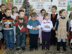 Copiii din Iacobeşti au pregătit ca întotdeauna un program special