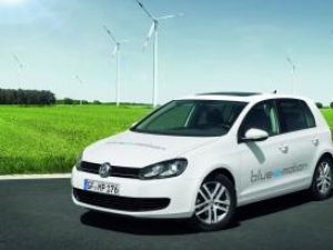 Volkswagen Golf blue-e-motion Concept