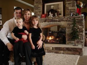 Vedetele petrec Crăciunul în familie şi au spectacole de Revelion