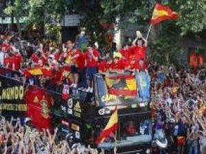 Spania a câştigat pentru prima dată Cupa Mondială în sunet de vuvuzele