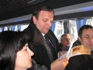 Achiziţie: Autocar nou pentru Ansamblul Ciprian Porumbescu