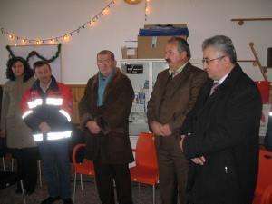 Sfinţirea sediului s-a făcut în prezenţa primarului Sucevei, Ion Lungu, a directorului Serviciului de Ambulanţă, Daniel Martiniuc, a şefului Direcţiei de Sănătate Publică, Ludovic Abiţei