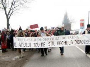 Final: Sărbătorile de iarnă s-au încheiat, joi, la Suceava cu Parada Măştilor, la Drăguşeni