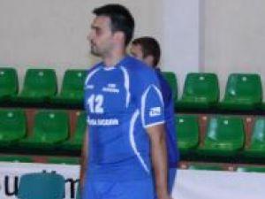 Lucian Huţuleac, cel mai valoros jucător al formaţiei locale de volei, a părăsit echipa