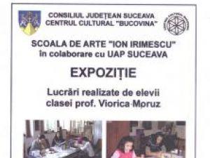 """Galeria """"Ion Irimescu"""": Expoziţie cu lucrări realizate de elevii prof. Viorica Moruz"""