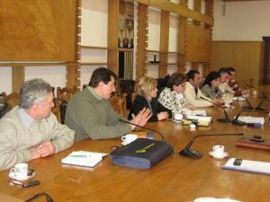 Flutur s-a întâlnit ieri la Consiliul Judeţean Suceava cu reprezentanţii producătorilor şi procesatorilor din agricultura suceveană