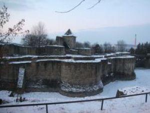 Iniţiativă: Cetatea de Scaun a Sucevei, propusă pentru includere în patrimoniul UNESCO
