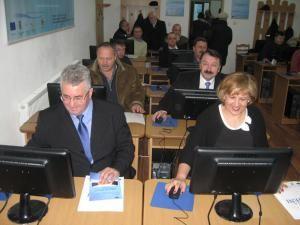 Ion Lungu, Angela Zarojanu, Vasile Ilie şi Constantin Placinta la Centrul de formare profesională
