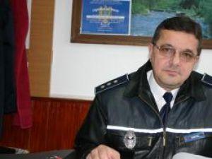 """Comisarul-şef Ioan Dumitru:""""Terenul accidentat şi lipsa unor căi de comunicaţii îi fac pe cei care se ocupă cu contrabanda de ţigări să evite această zonă"""""""