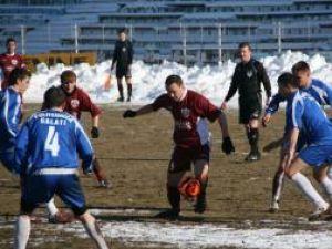 Liutec (numărul 9) a făcut un meci excelent şi a marcat toate cele trei goluri pentru Rapid