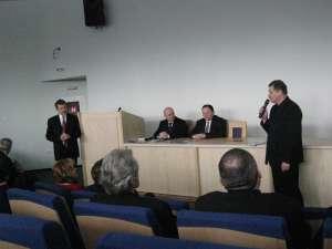 Prezentare din cadrul simpozionului