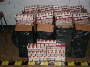 Focuri de armă pentru reţinerea a şase contrabandişti de ţigări