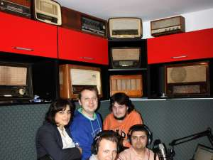 O parte din echipa Radio Viva FM