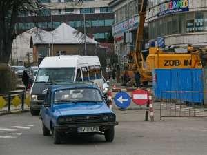Pe strada Mihai Eminescu, timp de două săptămâni va fi sens unic, din cauza lucrărilor de modernizare a clădirii fostului Cinema Modern