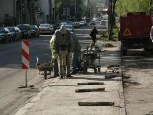 Muncitorii au început să lucreze ieri dimineaţă