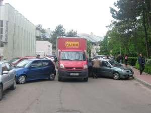 Zona în care s-a blocat traficul, ieri la prânz