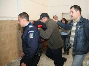 Vasile Iftimie, adus ieri în faţa judecătorilor