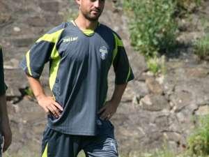 Mircea Negru a înscris 4 goluri pentru Sporting în meciul de la Vatra Dornei