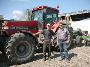 Cei doi tineri nemţi care revoluţionează agricultura în zona Fălticeni