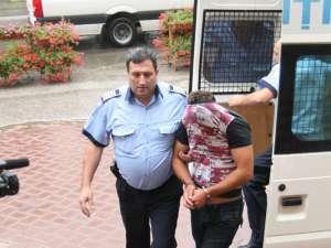 Adrian Fundăcescu, adus ieri la amiază la Curtea de Apel Suceava