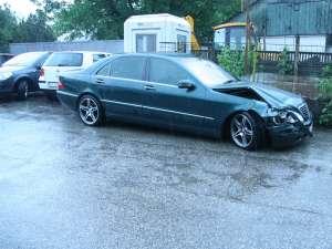 Maşina fugarului a fost indisponibilizată în curtea IPJ Suceava