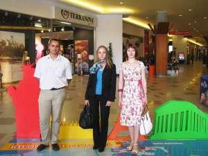 Trei dintre clienţii Iulius Mall Suceava, premiaţi cu trei vacanţe de vis