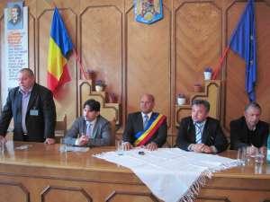 Primarul Rădăuţiului, Aurel Olărean, a deschis ieri, în mod oficial, manifestările din cadrul  Zilelor Municipiului Rădăuţi