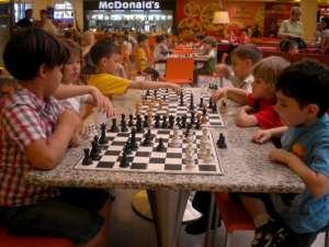 """Concursul de şah """"Cupa Grădiniţelor"""""""