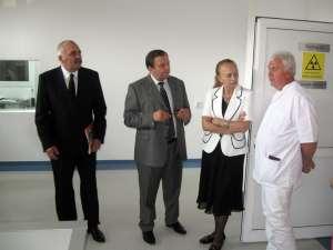 Lucrările de modernizare a laboratorului de radiologie şi imagistică medicală au fost recepţionate ieri