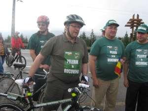 Grupul de ciclişti a fost întâmpinat de Gheorghe Flutur, de primarul Sucevei, Ion Lungu şi de deputatul Dumitru Pardău
