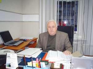 Nistor Tătar are 55 de ani şi este director al SC Servicii Comunale SA Rădăuţi