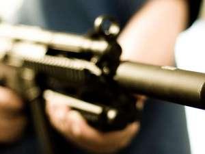 Şi-a împuşcat vecinul, în urma unui scandal de la amplasarea contorului de gaz