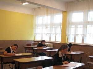 Un sfert dintre candidaţii de la ultima probă de bac au absentat de la examen
