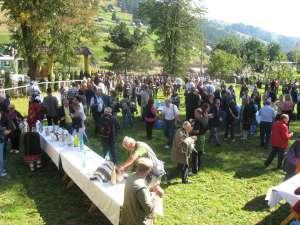 Peste 200 de ziarişti de turism vizitează judeţul Suceava