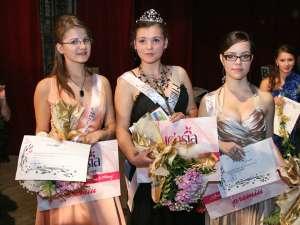Miss Boboc, Ana Maria Guranda, Miss Popularitate, Diana Plesca si Miss Dance, Cristina Prisacariu