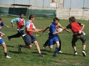 Rugbiul poate fi un sport şi pentru copii