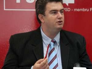 Cătălin Nechifor a subliniat că orice membru al PSD este obligat să respecte statutul acestei formaţiuni politice