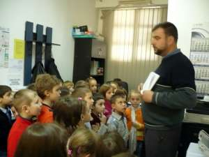 Copiii de la Grădiniţa Obcini, în vizită la Tipografia Lidana