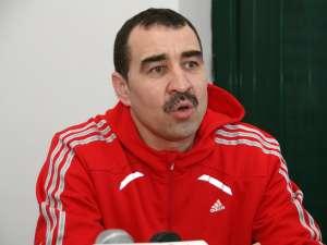 Leonard Bibirig a revenit în funcţia de antrenor principal al echipei locale de handbal
