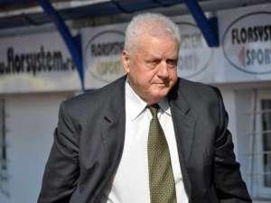Jean Pădureanu îl poate înfunda pe preşedintele FRF