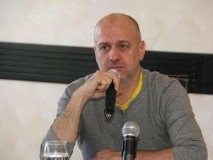 """Dumitru Costin: """"Vrem să le dăm membrilor posibilitatea unor alternative pentru locurile de muncă, să-i ajutăm să-şi câştige existenţa mai bine"""""""