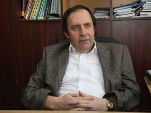 Corneliu Romaşcu a cerut echipei organizatorice explicaţii referitoare la prestaţia invitatului