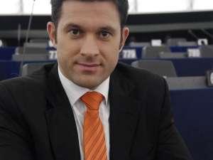 Concursul a fost organizat de europarlamentarul Petru Luhan, în parteneriat cu Google şi Skype